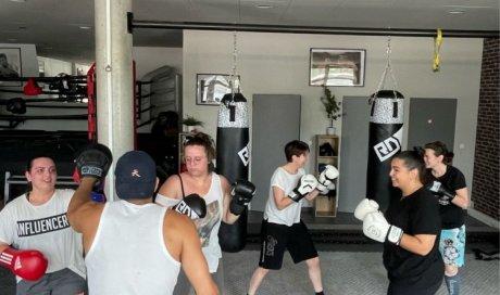boxe entreprise femmes initiation découverte team-building cohésion